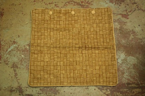 textiles_kissen_009_basket_brown